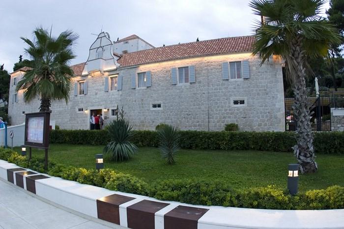 maslinica eiland solta kroatie