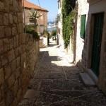Postira ulica KOGULA_okrugli kamen