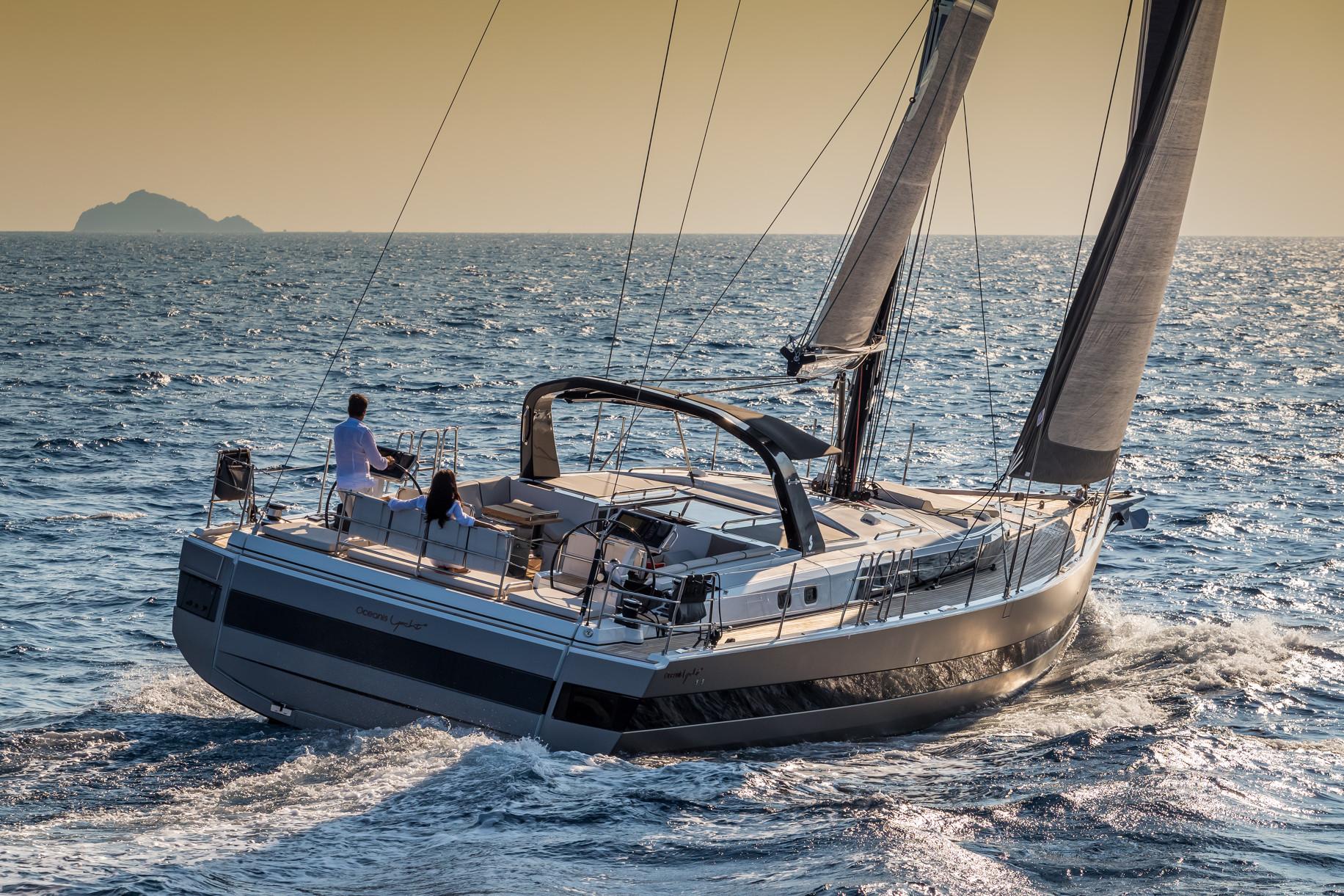 Yachts Review Beneteau Yacht 62